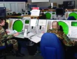 salle de contrôle radar
